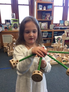 Preschoolers tinker with ideas and materials 3
